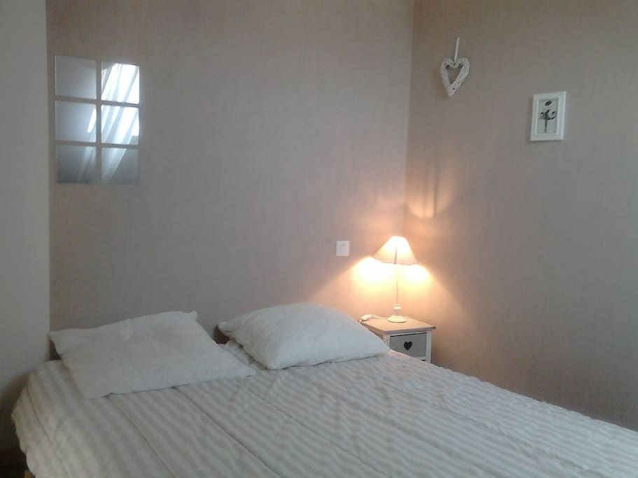 chambre d 39 h te 200m mer stmalo cancale mtstmichel houses for rent in cherrueix bretagne france. Black Bedroom Furniture Sets. Home Design Ideas
