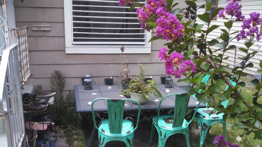 Nature's Abundance - Galveston - Maison