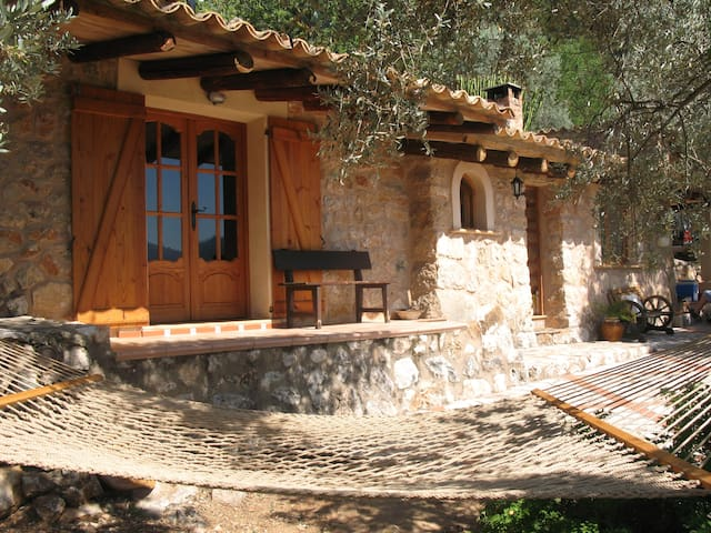 Biniaraix Mallorca ...Ecological Mountain Cabin