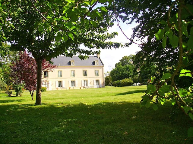 Lovely mansion house in Normandie - Ver-sur-Mer - Rumah