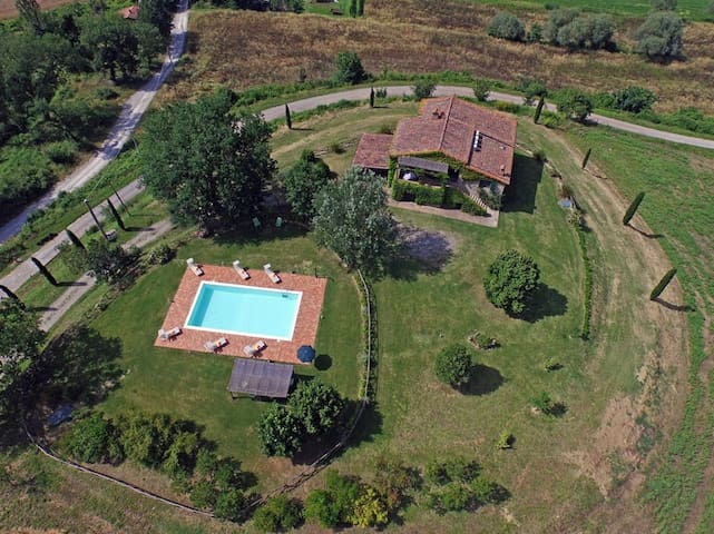 Podere Parrano Vacation rentals in Umbria