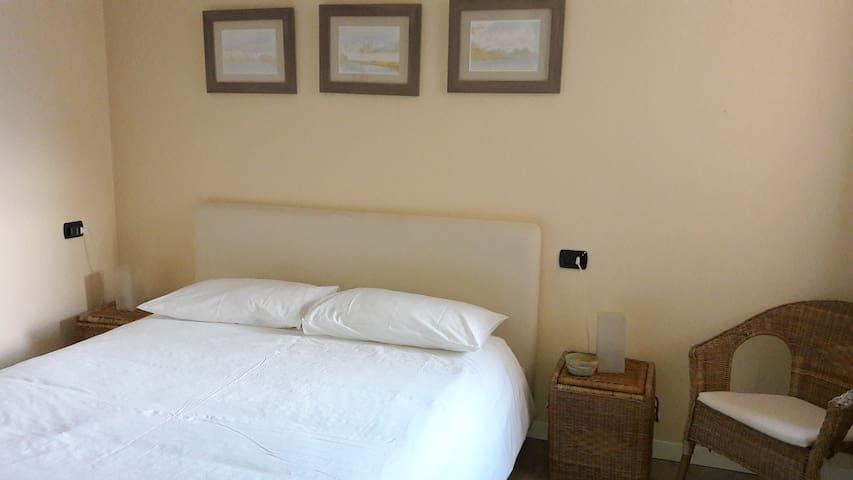 Master room with en-suite bathroom