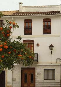 Traditional Spanish Townhouse - Oliva - Stadswoning
