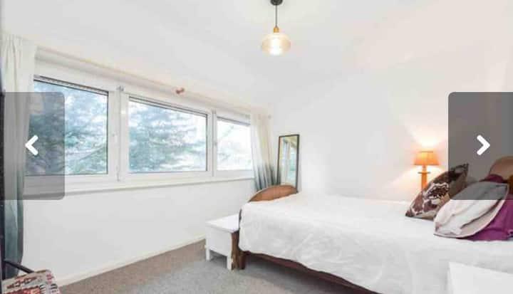 Double room, Queen bed, Bathroom