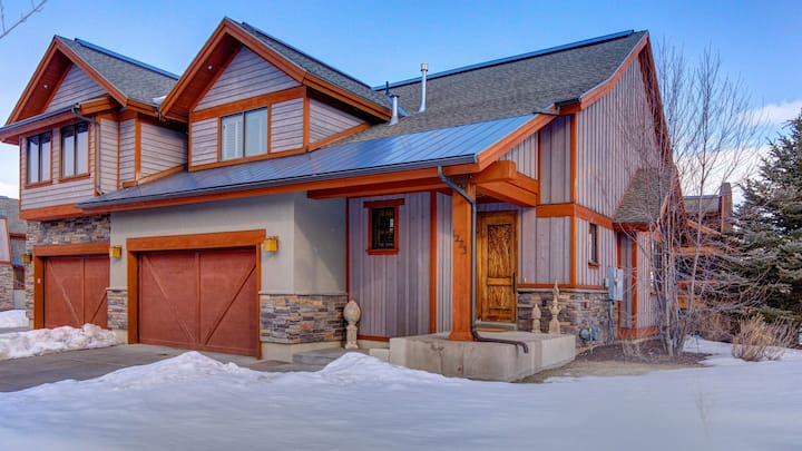 Luxurious Deer Valley Home, Minutes from Lakeside Activities!