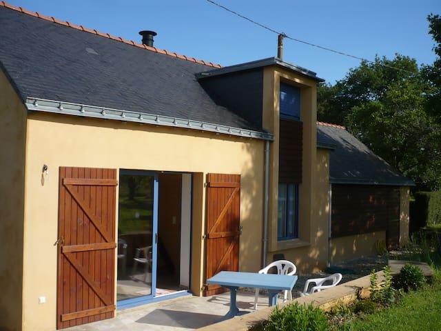 Maison 80m2 près rivière 30mn mer - Saint-Dolay - House