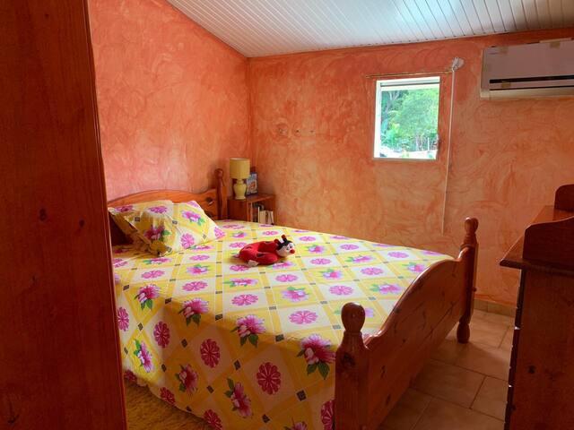 Chambre privée chez Bebette (Baie-Mahault)