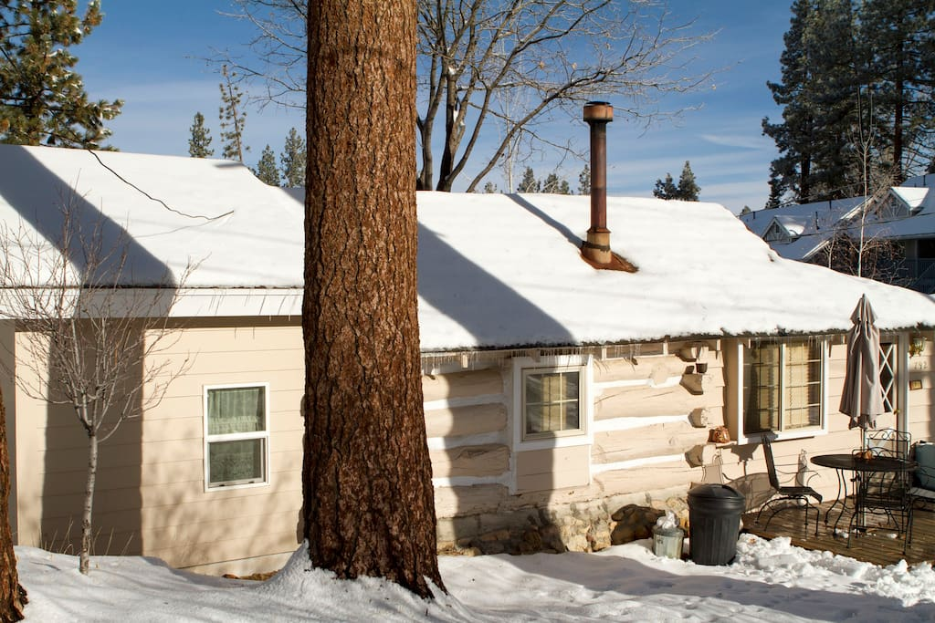 Timeless historical cabin steps to village cabins for for Cabin for rent in big bear ca