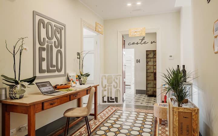 COSTELLO Design and Homely Hostel - R2