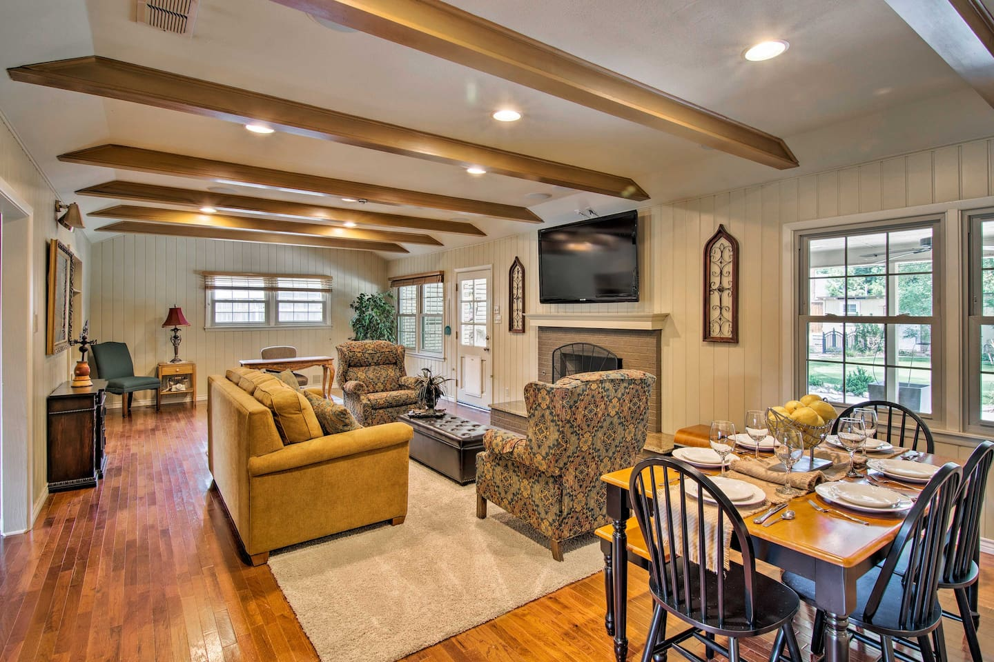 Bring your group of 4 to this Lubbock vacation rental house.