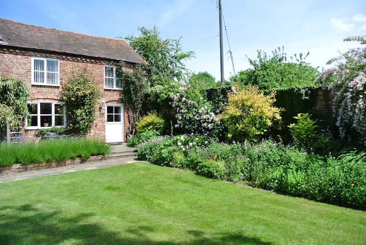 Quintessential English Country Cottage - Ledbury - Haus
