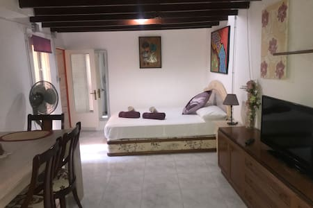 Old Town Villajoyosa Studio Loft - 4 persons