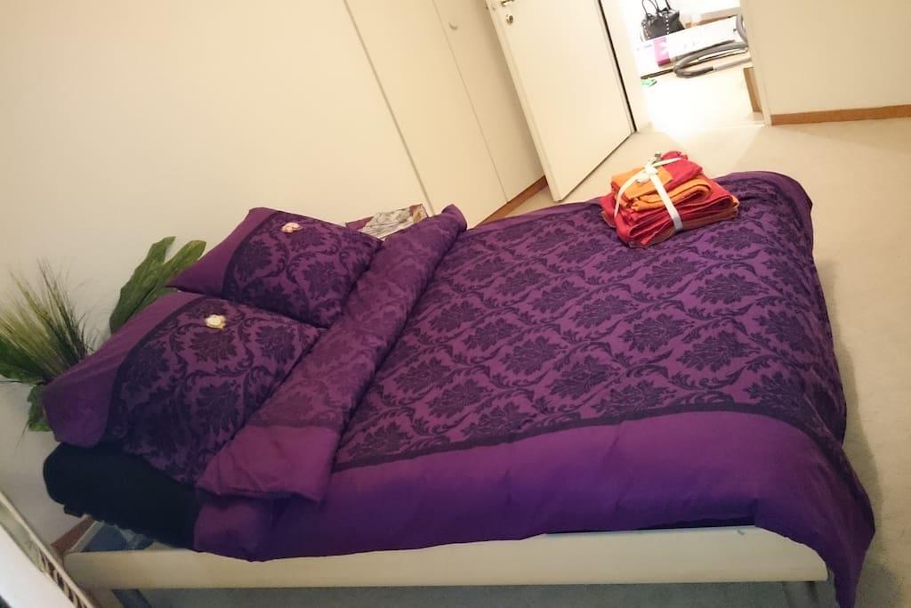 Cozy room nearby rapperswil wohnungen zur miete in for Badezimmer jona