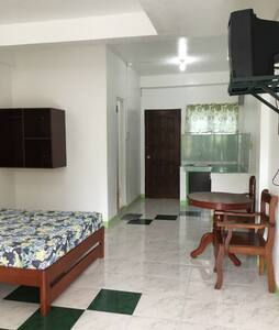 Spacious Apartelle with parking space D4