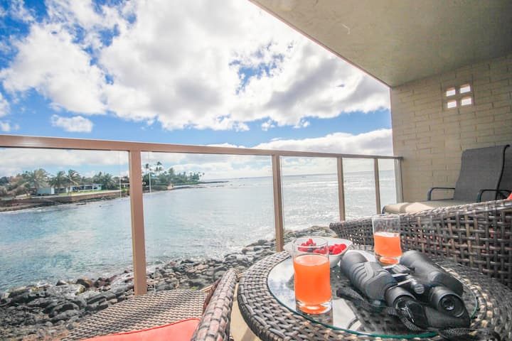 Kuhio Shores 208: Oceanfront AC Condo, Sea Turtle Views Arrive To This Surfer's Paradise
