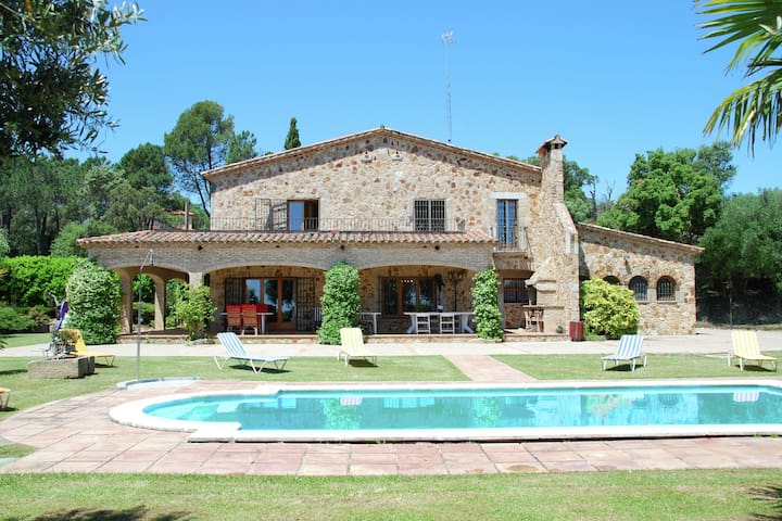 Spacious Villa in Romanyà de la Selva with Swimming Pool