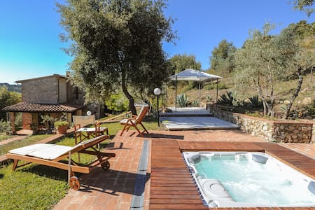 Villa with Jacuzzi - Civitella Paganico