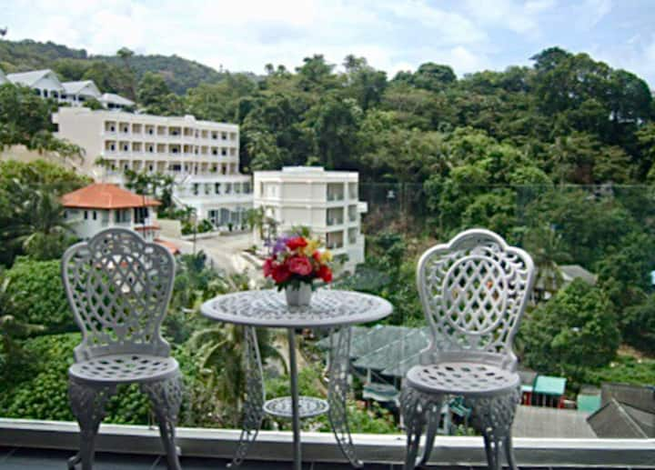 Elegant sea view Chic Condo Karon beach