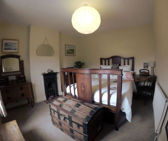 Cosy room in Malvern Stone Cottage - Worcestershire - Rumah