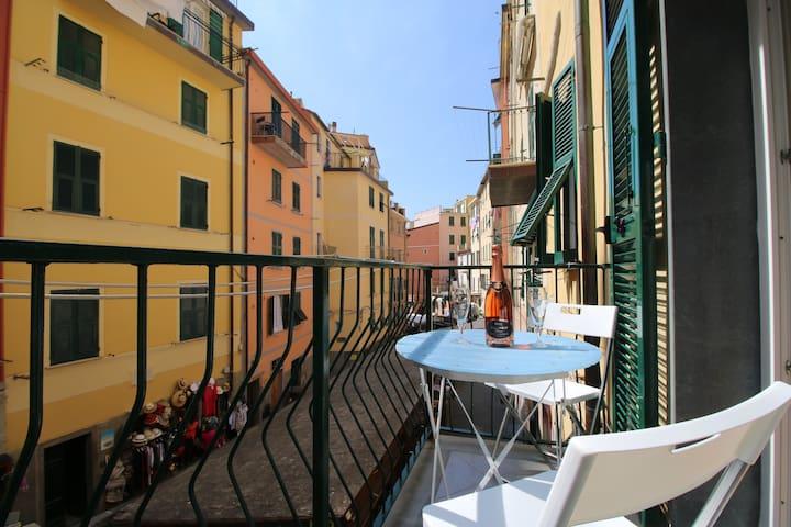 la Casa di Paola nel centro di Riomaggiore - Riomaggiore - Apartament