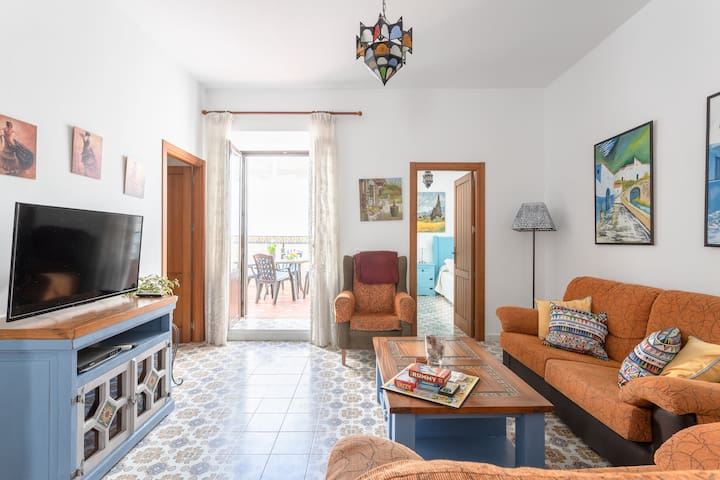 Central Home Casa Mena Carabeo on the Beach with Terrace, Mountain View, Air Conditioning & Wi-Fi