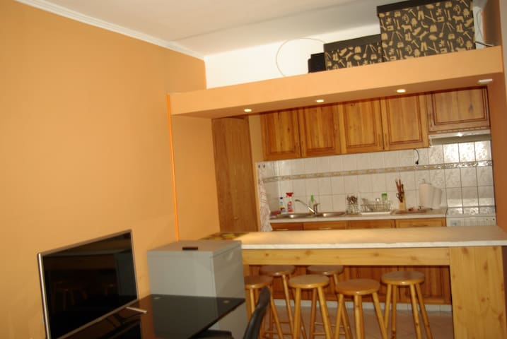 Charming apartment near city centre - Budapest - Pis