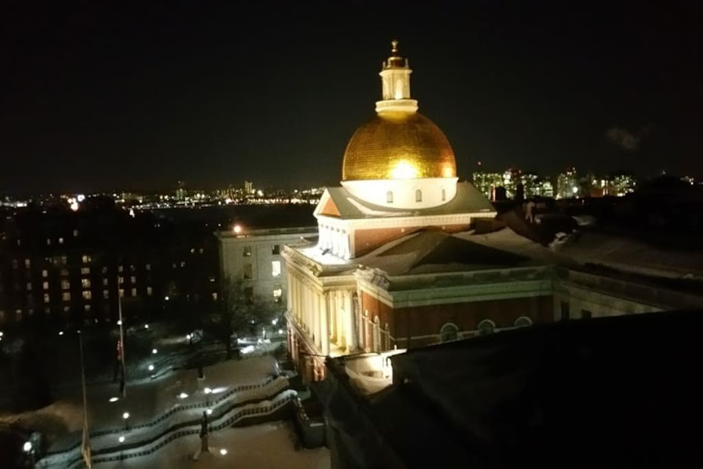 Extraordinary views of the State House from the Rooftop of 21 Beacon Street