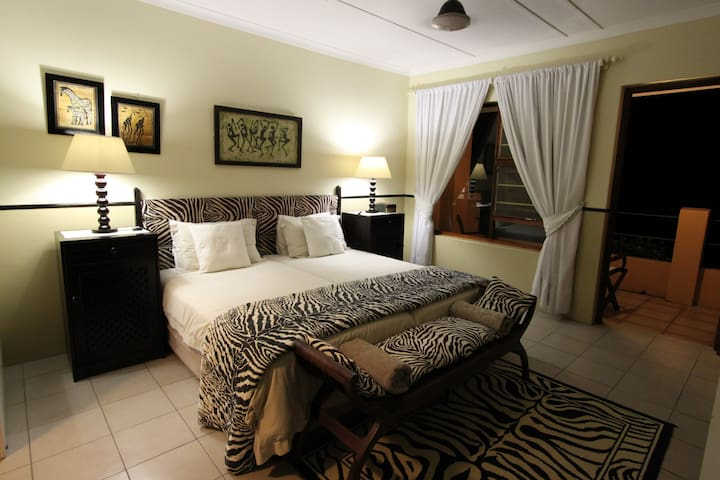 Hornbill House Bed & Breakfast - Saint Lucia - Hus