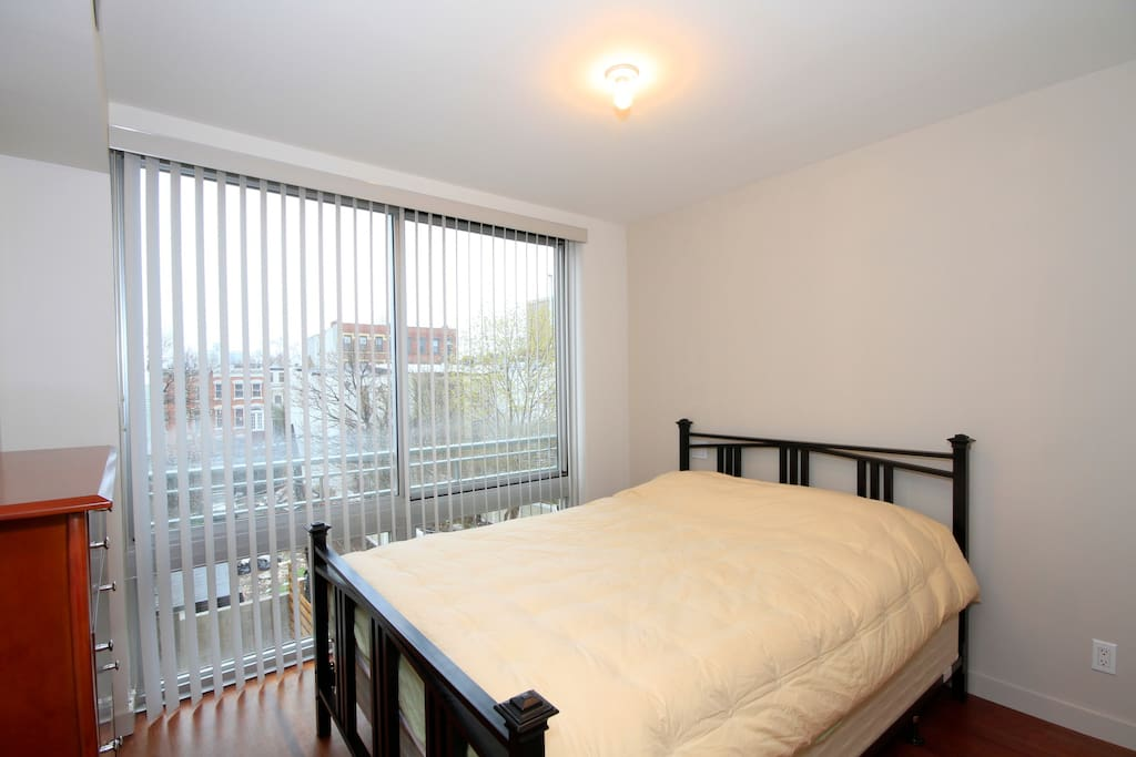 Large Brand New Park Slope 1BR