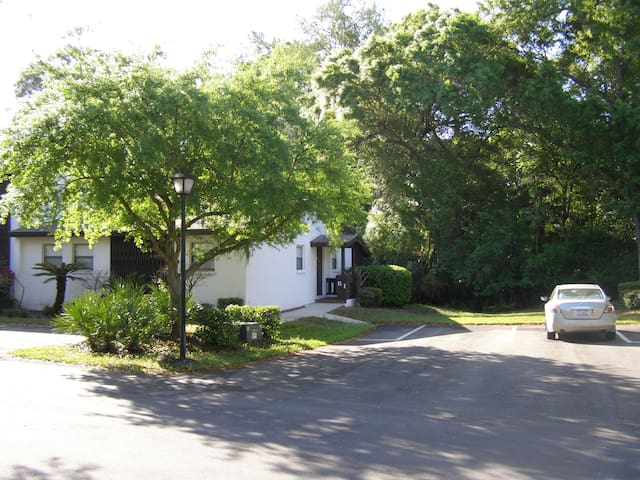 Cozy Palm Harbor Condo Villa Unit - Palm Harbor - Haus