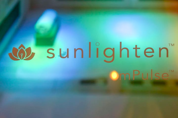 Sunlighten mPulse Sauna for Weightloss, Stress Reduction, Cardio, Detox, or Skin Health Options.