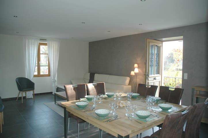 Belle propriété 100 m² avec jardin - Faverges - Wohnung