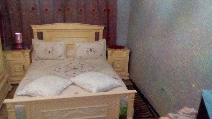 Chambre privé avec petit salon a setif