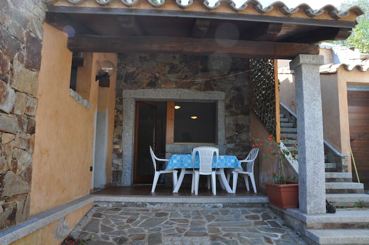 Lovely apartment in villa - Chia