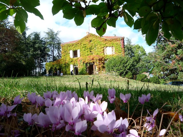 Maison de famille en Ardèche - 14 p - Annonay