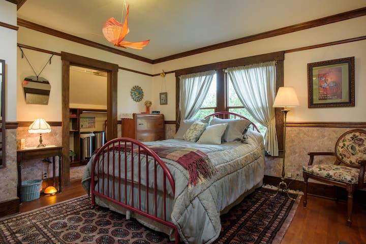 1907 Restored Fremont Home