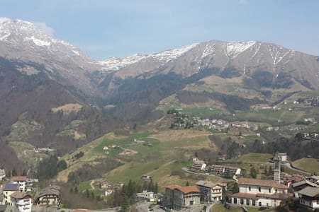 Casa vacanze Alta Val Serina panorama mozzafiato. - Oltre Il Colle - 公寓
