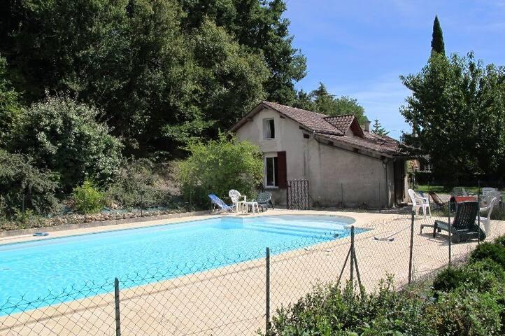 Ferme du sud de la France & piscine - Villeneuve-sur-Lot - Huis