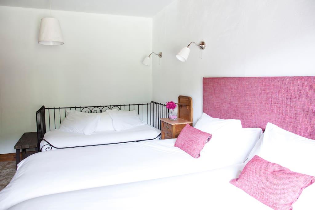 Dormitorio triple 1