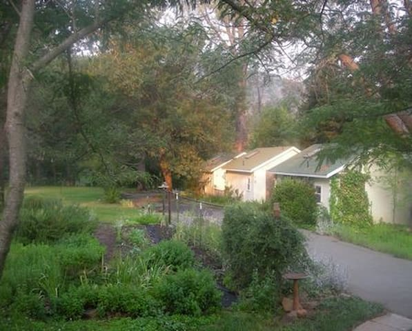 Private Cottage in Wine Country - Middletown - Bed & Breakfast