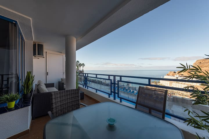 Amazing Sea Views Terrace Apartment with pool