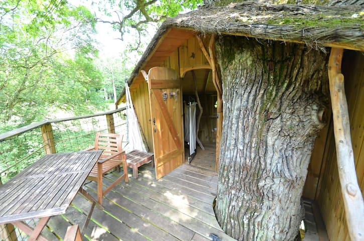 Tree house Gabrielle d'Estrees - Vernou-la-Celle-sur-Seine - บ้านต้นไม้