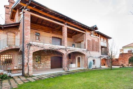 Villa Nova - Arc. Savin Couelle - Casciago