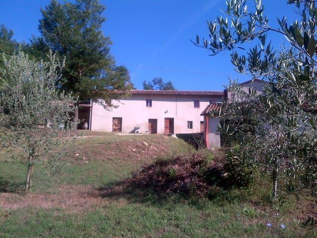 nel cuore dell'Umbria rustica, vivere per rivivere - Acquasparta - Vakantiewoning