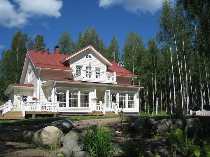 Grand Villa  200m2 by Lake Saimaa