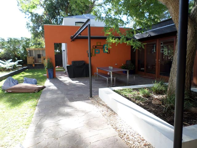 Architectural house - Nedlands