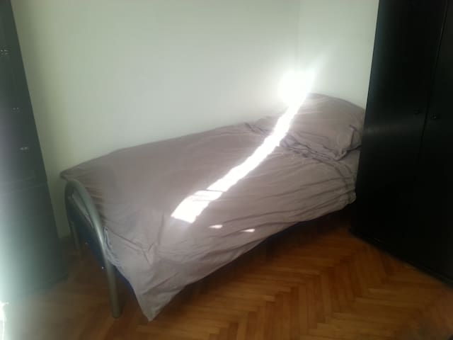 Guest room - get to know locals!  - Idrija - Apartment