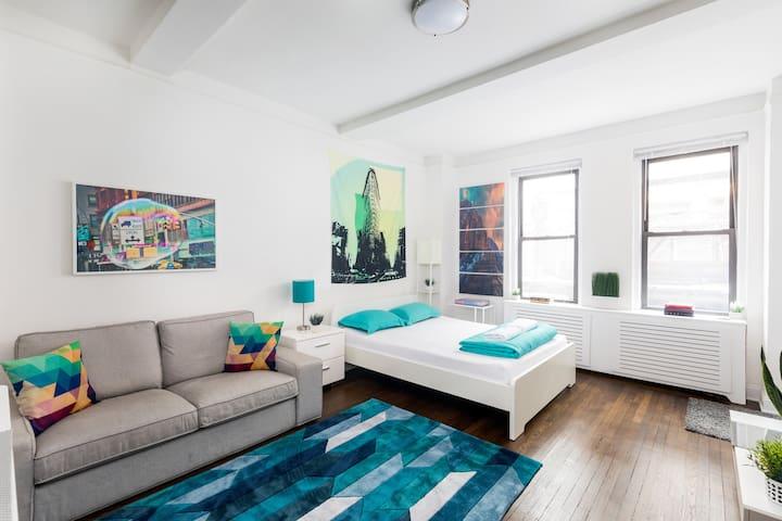 Beautiful studio in Midtown east of Manhattan