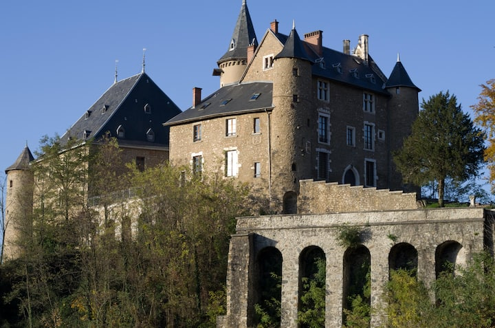 Cosy Home of Character in Castle