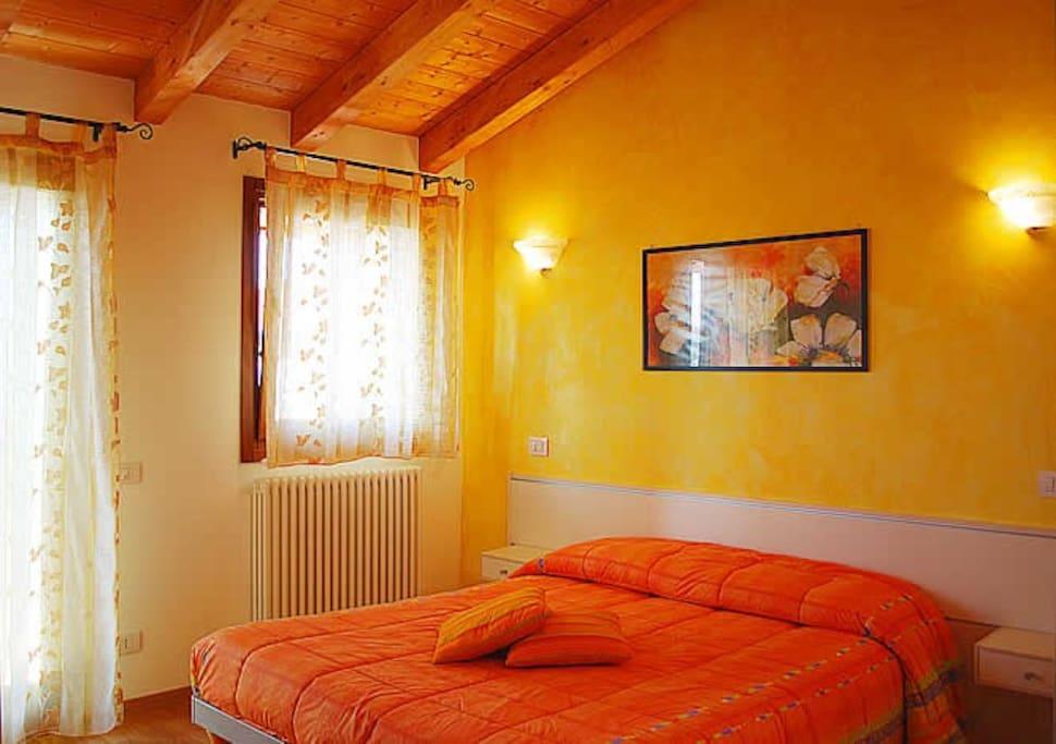 chambres d 39 h tes pr s de venise chambres d 39 h tes louer. Black Bedroom Furniture Sets. Home Design Ideas
